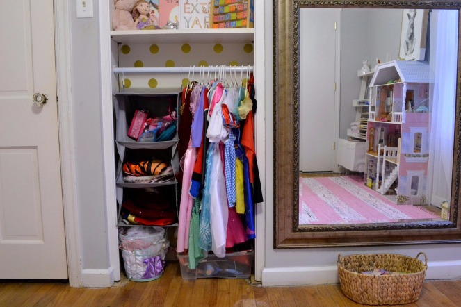 Dress-Up-Storage-And-Organization-3
