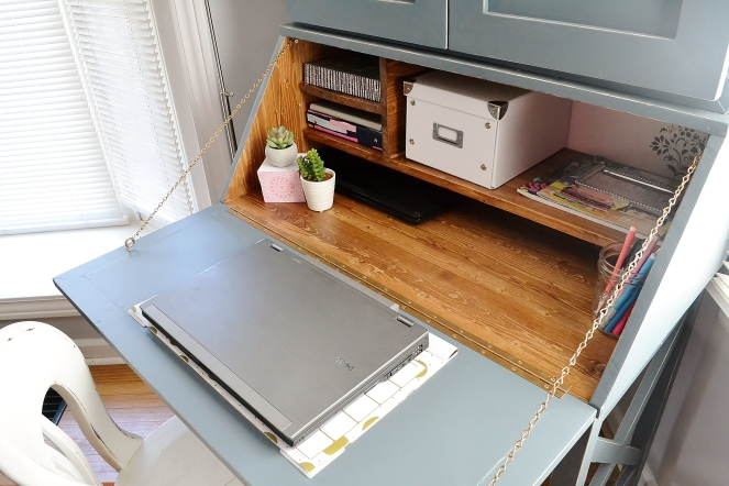 peek-inside-mels-workspace-8